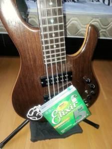 esp-halibut-bass 5弦ベース