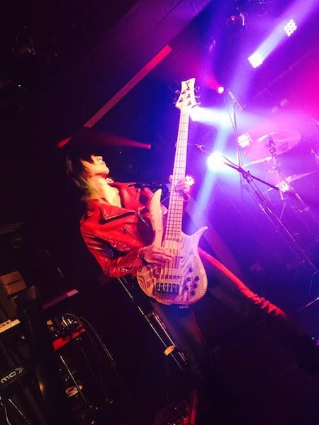 R.U.I 摩天楼オメガ F-bass bn5