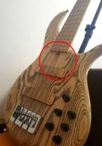 F-Bass BN5 ネックエンド 隙間 弾きにくい