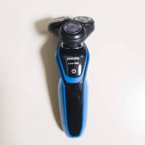 Philipsの髭剃り電動シェーバー「S5050」