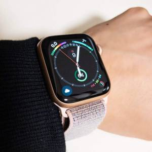 Apple Watch series4 40mmを腕にはめた状態