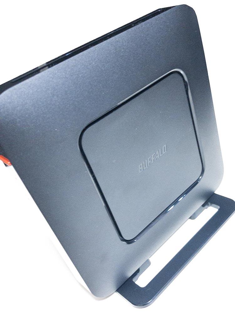 バッファローのWi-Fiルーター「wsr-2533dhpl」の本体側面