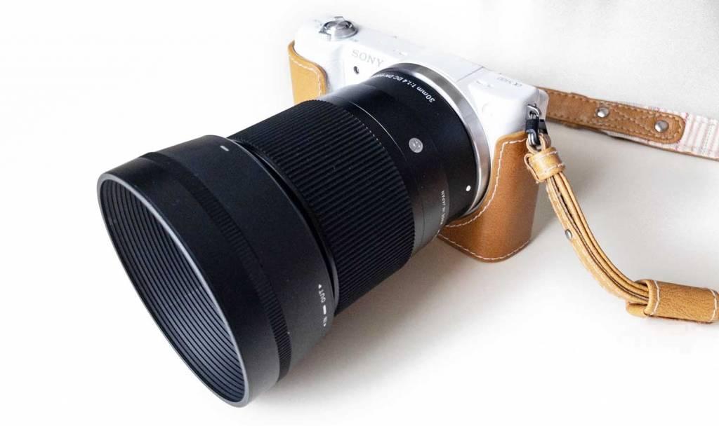 SIGMA 30mm F1.4 DC DN をつけたα5100