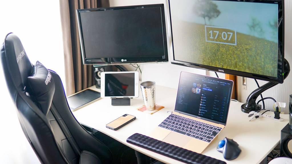 ルイログのPCデスク・ブログ環境