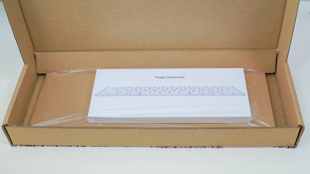 Apple Magic Keyboard [MLA22J/A]の梱包状態