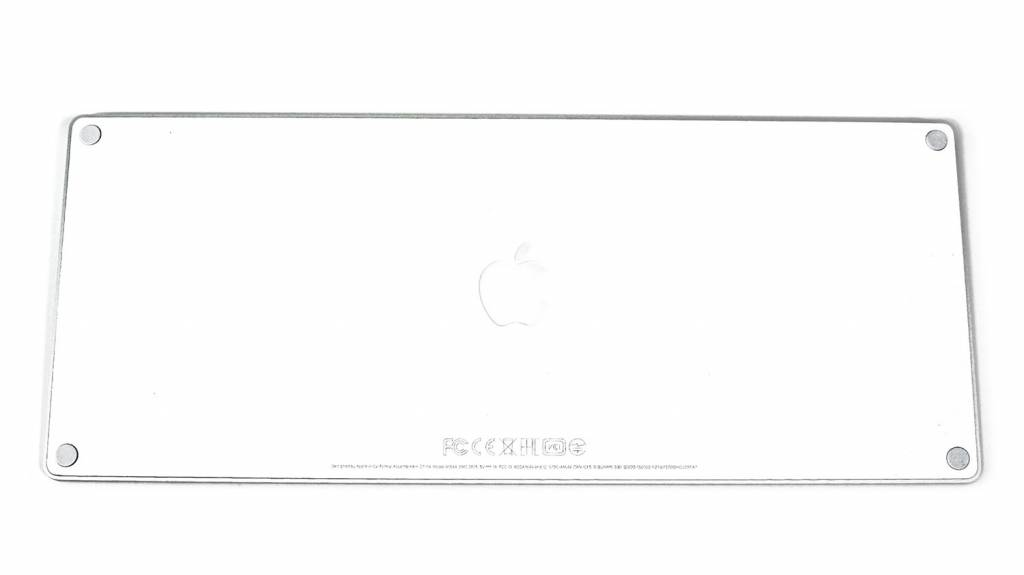 Apple Magic Keyboard [MLA22J/A]裏面