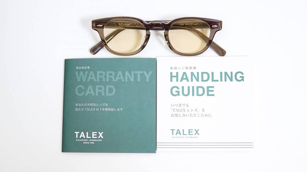 TALEXのレンズをあしらったメガネ