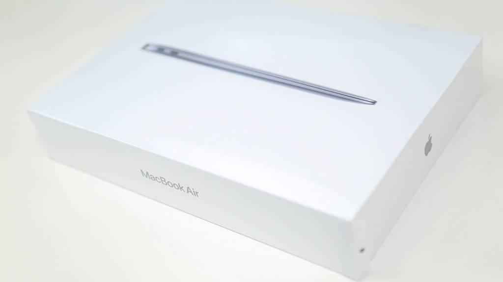 MacBookAirM1(2020)のパッケージ