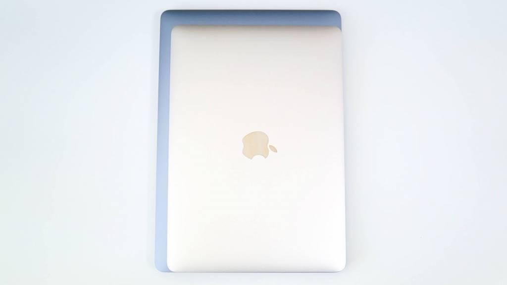 MacBookAirM1(2020)とMacBook12(2017)