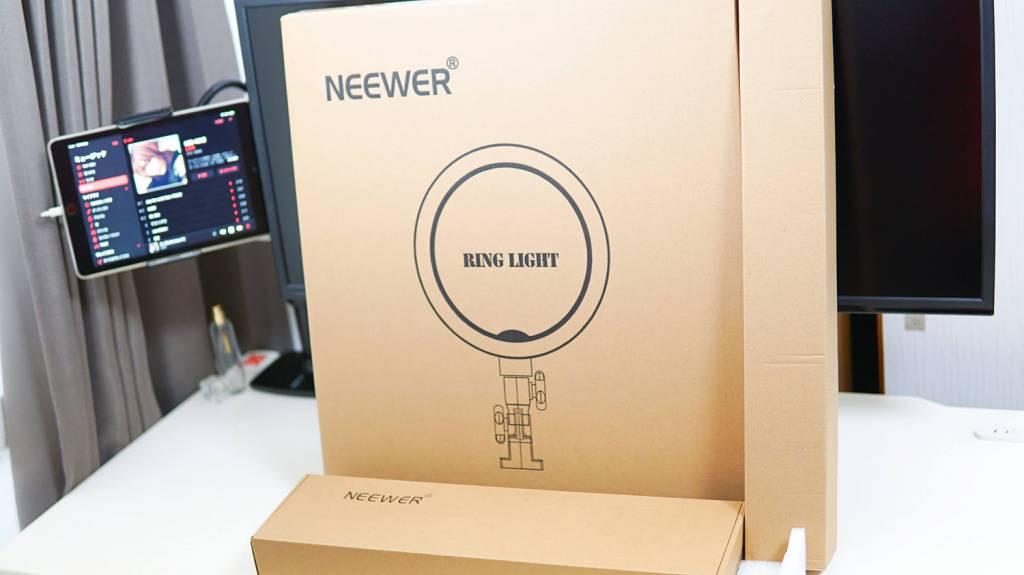 """Neewer LEDリングライトRL-18""""LEDの梱包状態"""