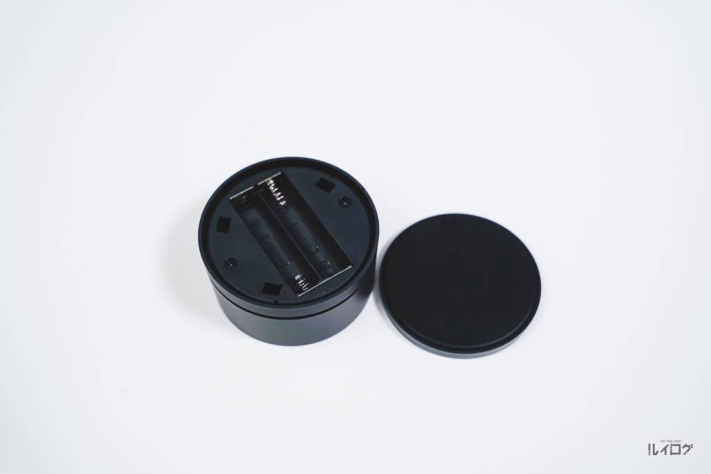 Xiaomiのモニターライトことスクリーンバーライトのコントロールポッドは単4電池2本で動く
