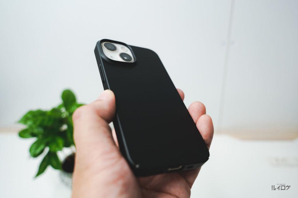iPhone13mini用TORRAS極薄ケースを装着