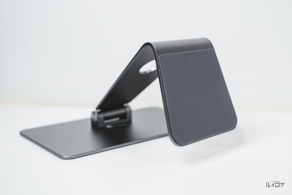 Magnetic iPad Stand本体底面