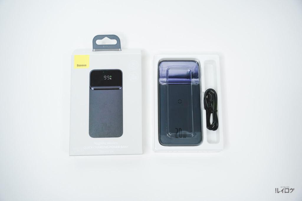 Baseusワイヤレス充電対応モバイルバッテリーを開封